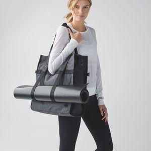 RARE Lululemon Follow Your Bliss Bag!